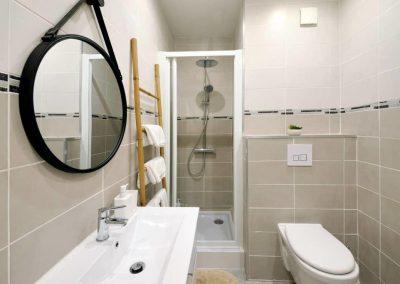 SALLE DE D'EAU - Le Petit Martégal appartement à Martigues